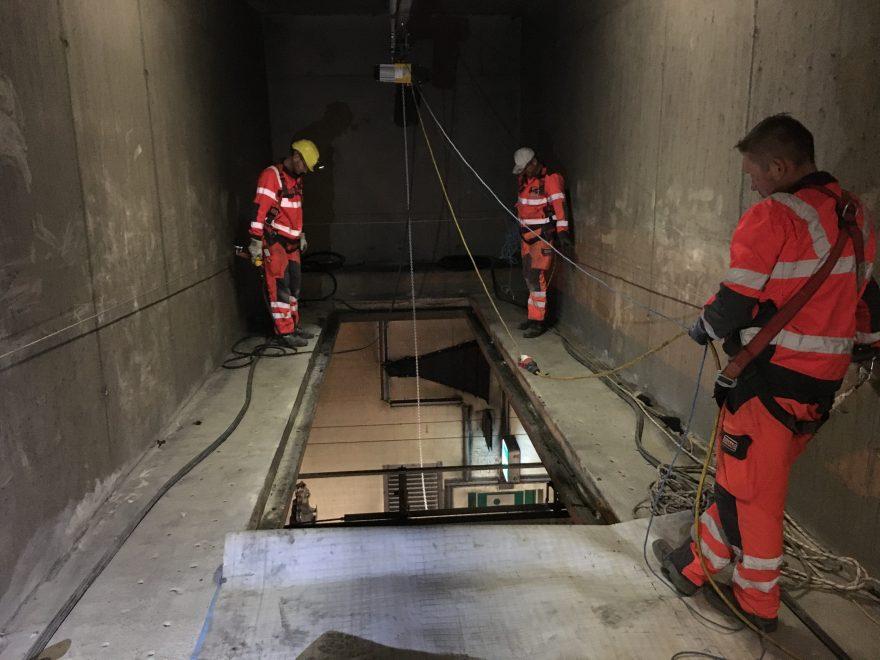A22 Donauufer Autobahn, Tunnel Kaisermühlen, Verschluss Punktabsaugungsöffnung, Baustellenkoordination gem. BauKG